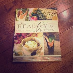 Other - ⚡️2/$18⚡️ The Real Girl's Kitchen - By Haylie Duff